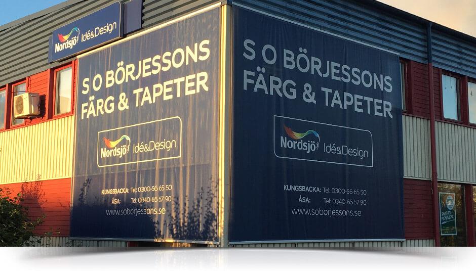 Stora banderoller i Kungsbacka